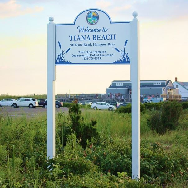 TianaBeach-2017-sign-web