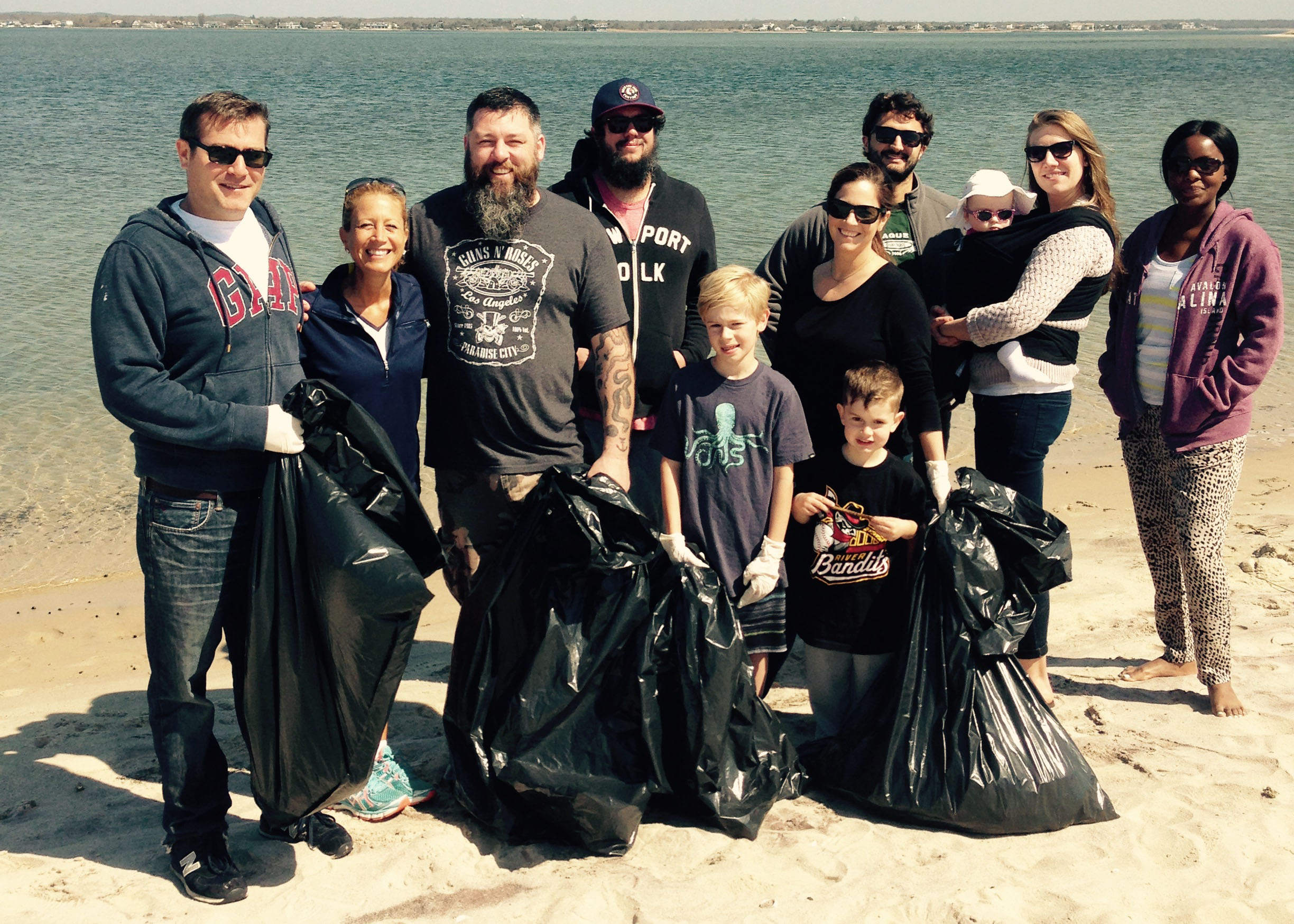 Pikes Beach Clean Up